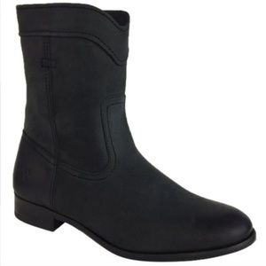 NWT Frye Black Shortie Ankle Booties Size 6